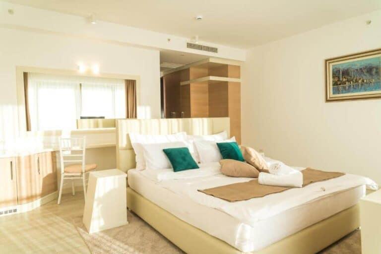 Hotel Kadmo by Aycon